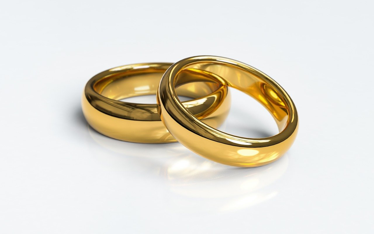 指輪 井上 あさひ 結婚