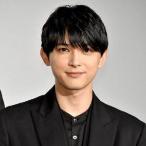 吉沢亮の高校の同級生は有名人ばかり?高校時代陰キャだった?